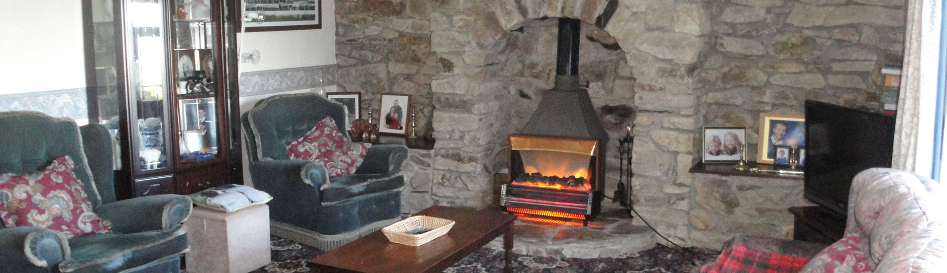 Kimbland Farm Lounge with Sky TV and Wood Burner